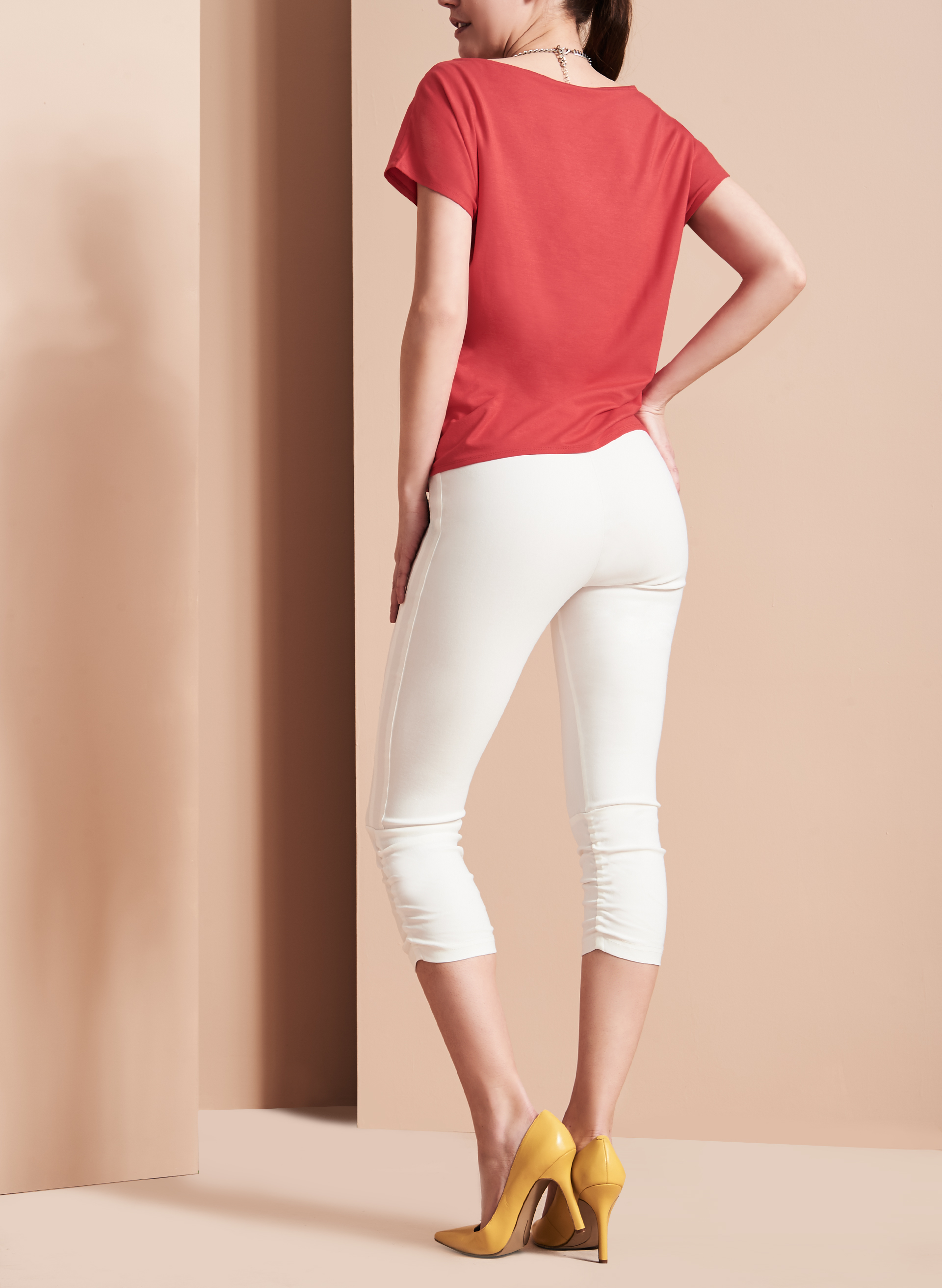 Pull-On Capri Pants, Off White, hi-res