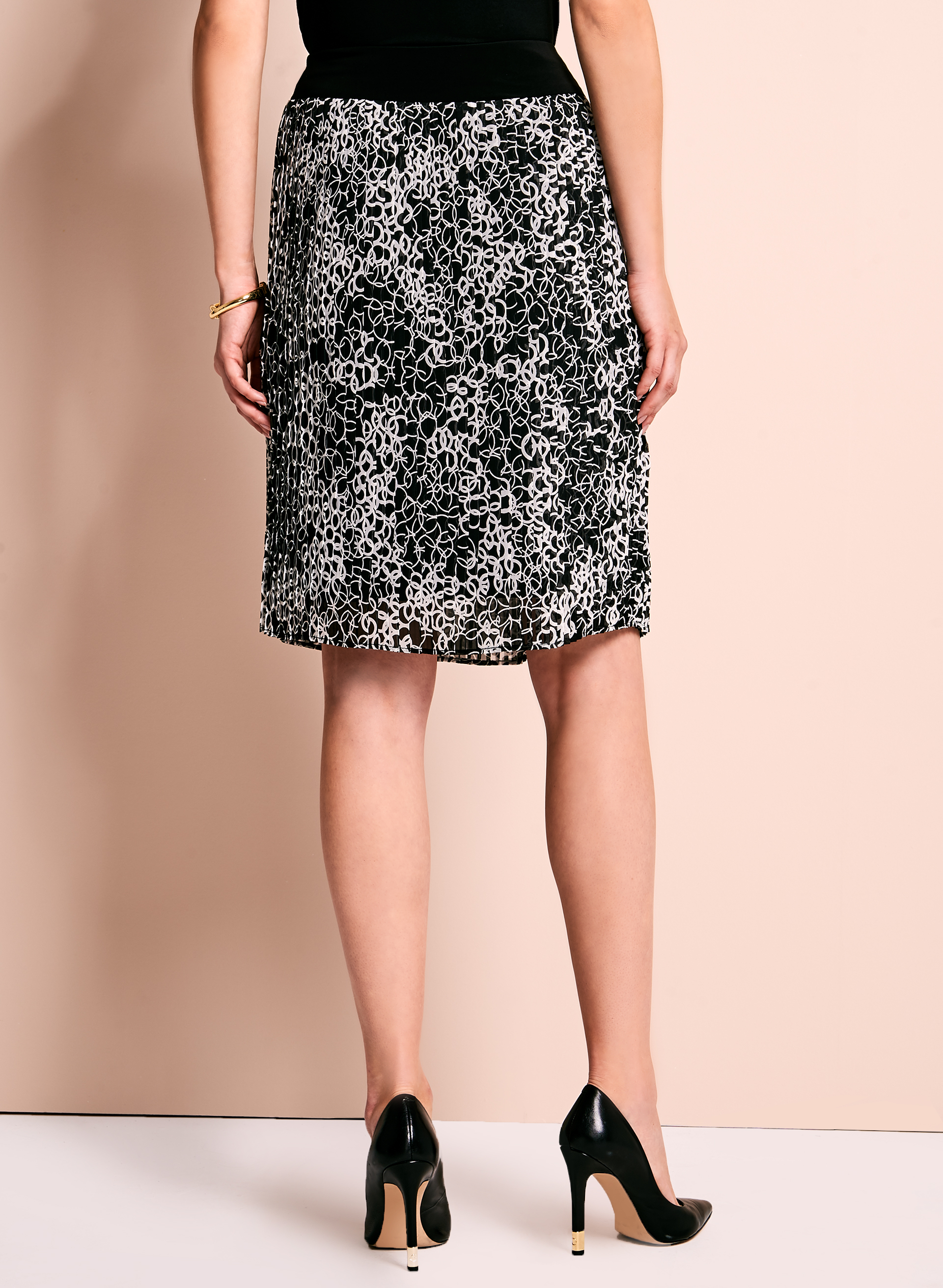 Trisisto Geometric Print Pleated Skirt, Black, hi-res